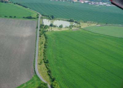 Biocentrum BC7 s vodní plochou a biokoridor v katastrálním území Choťovice - SPÚ, KPÚ pro Středočeský kraj a hl.m. Praha, pobočka Nymburk.png